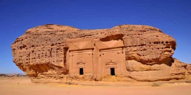 Qasr al-Farid: Ο Μυστηριώδης Βράχος με την Παράξενη Πόρτα στη Σαουδική Αραβία (video)