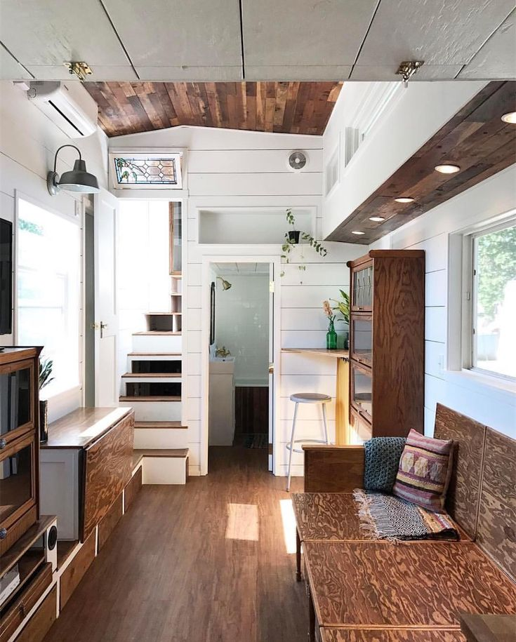 "17.5k Likes, 144 Comments - Tiny Houses (@tinyhouse) on Instagram: ""Could you live here? Joshua + Shelley at @tinyhousebasics took a trip and check out this tiny home…"""