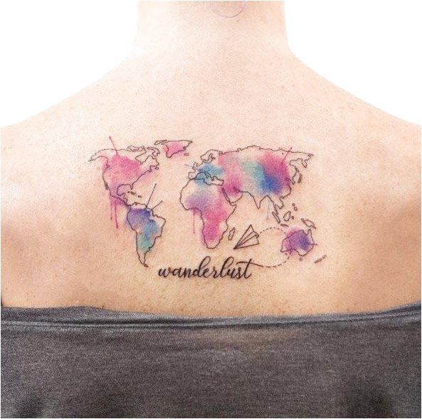 Tatuaggio da viaggio ad acquerello di Joice Wang Forse l'aereo di carta con una spruzzata di …