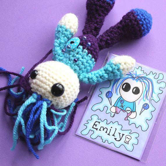 1000+ images about voodoo dolls on Pinterest Zombie felt ...