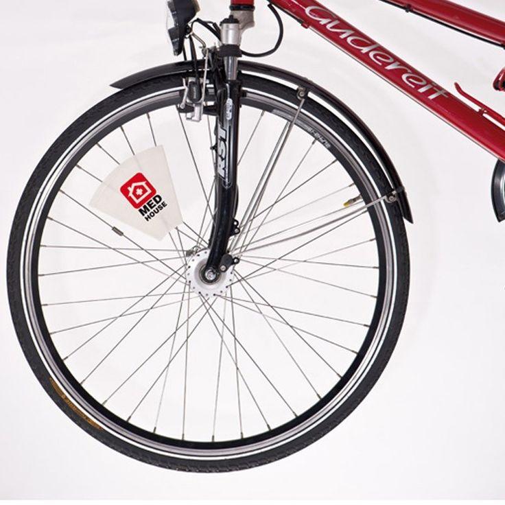 Steag din plastic pentru biciclete http://www.corporatepromo.ro/scule-si-diverse/steag-din-plastic-pentru-biciclete-0.html