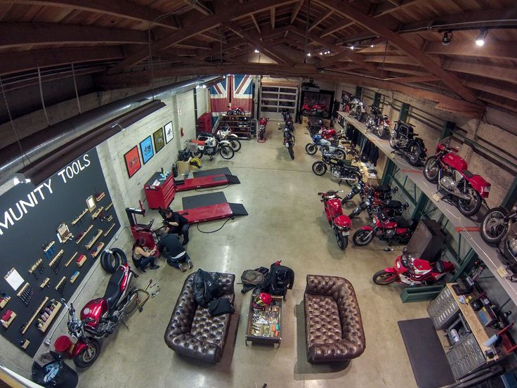 Best 25 Motorcycle Garage Ideas On Pinterest Motorcycle