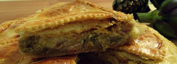Torta di carciofi, prosciutto e formaggio Mont d'or