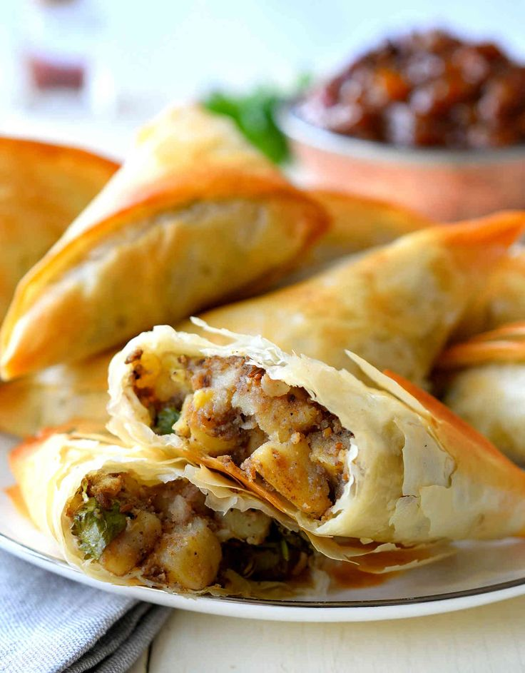 Take a shortcut with your vegan samosa recipe and use phyllo pastry! Potatoes and a mix of spices make these easy samosas super tasty and easy to prepare.