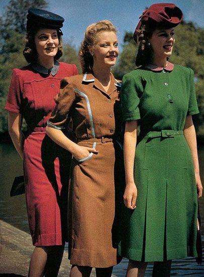 Модели в костюмах от Нормана Хартнелла (1940-е годы)
