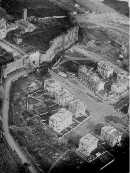Roma Sparita - Porta Latina. Via delle Mura Latine e Via Latina - anni 20 ca.