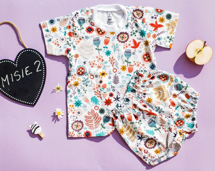 beautiful floral meadow set