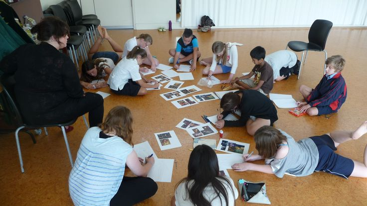 Youth Theatre ages 11 - 13 (costume design) Guest tutor Chantelle Gerrard takes students through the basics of costume design