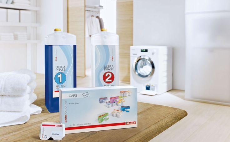 Perfekte Waschergebnisse mit der Miele CareCollection! Kein anderes Flüssigwaschmittel-System wäscht sowohl Weißes als auch Buntes so gründlich sauber wie das 2-Phasen-System von Miele. Für spezielle Anforderungen wie, Wolle oder Outdoor-Bekleidung, gibt es jetzt die Miele Caps. Diese kleinen Portionskapseln werden einfach in das Weichspülerfach eingesetzt und automatisch zum optimalen Zeitpunkt dosiert.  http://www.miele.at/haushalt/miele-waschmittel-1806.htm