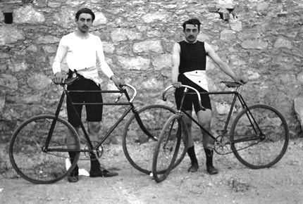 Léon Flameng and Paul Masson, the French cyclists who combined for six medals, four of them gold