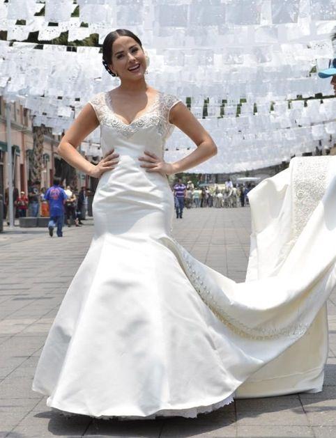 Vestido de novia charro