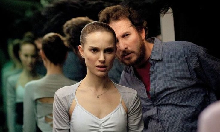 Last year, Icontacted Niko Tavernise, the filmmaker behind all the making-ofs for Darren Aronofsky, to ask him if he would consider share the making-of about Black Swan online, which he did, and t…