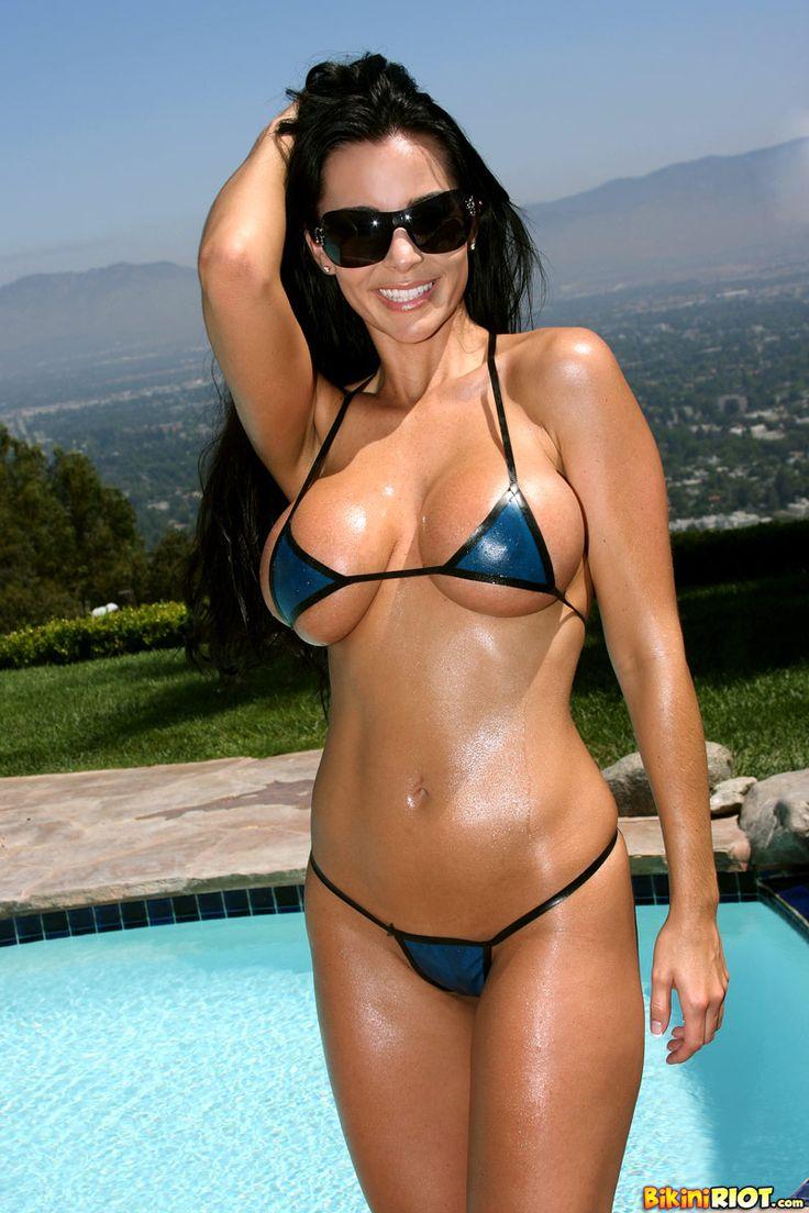 And hot bikini pic vid