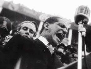 """Revista Semana  -  """"Ninguna mano del pueblo se levantará contra mí y la oligarquía no me mata, porque sabe que si lo hace el país se vuelca y las aguas demorarán cincuenta años en regresar a su nivel normal."""" Y llevamos más de 50 años en guerra."""