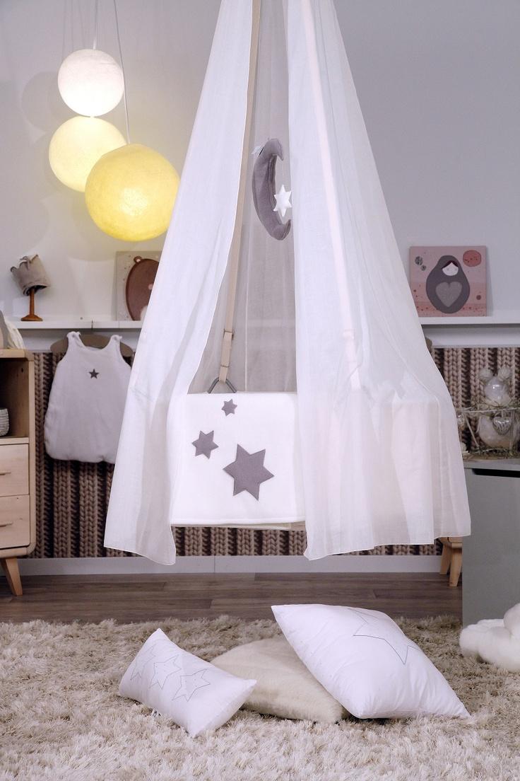 Une chambre de bébé esprit cocooning réalisée par Charlotte @ Aurélien Faidy #tevadeco