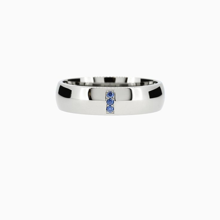 Line Classic Ring with Blue Sapphires in Palladium