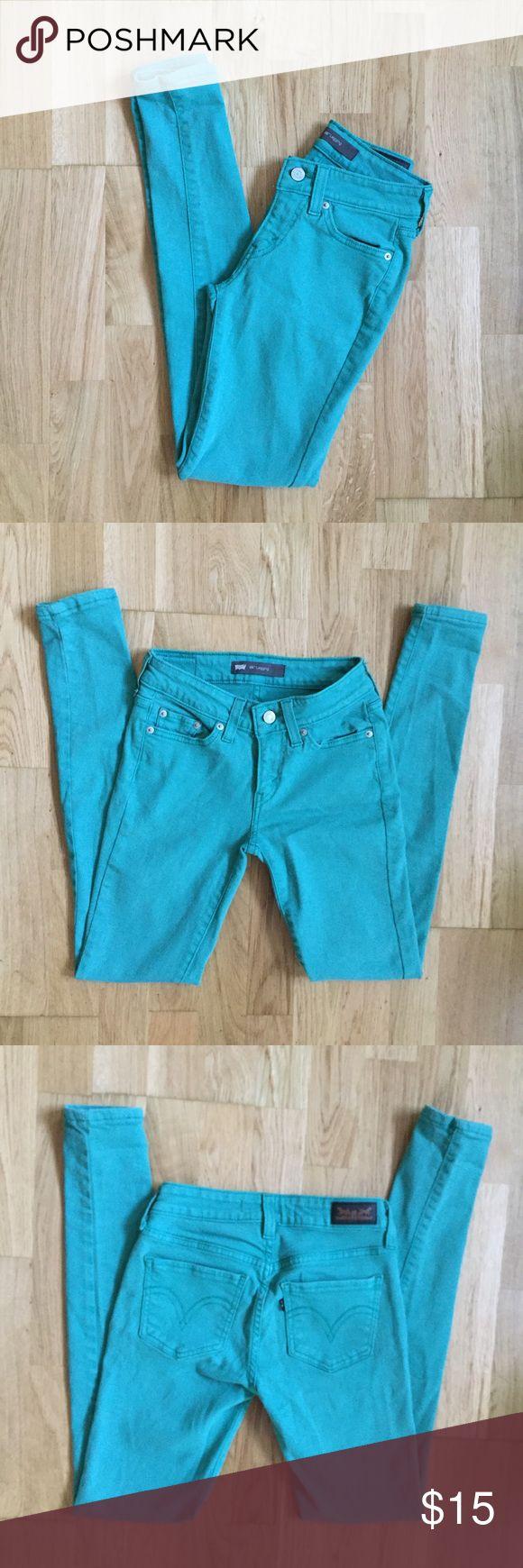 Levi's 535 Teal Skinny Jeans Like new, zero flaws Levi's Jeans Skinny