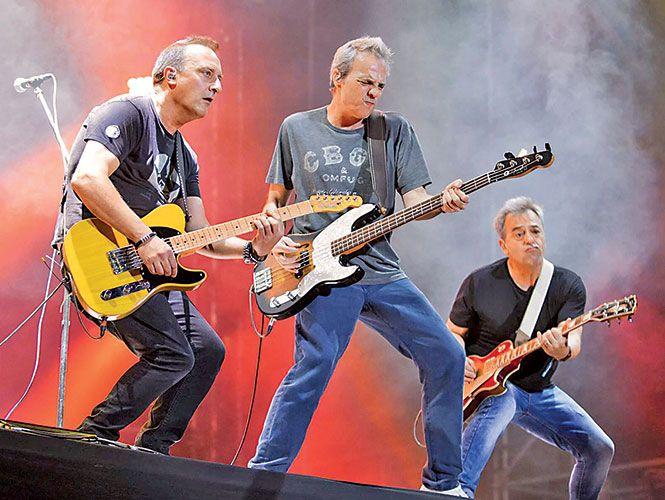 La banda madrileña debuta en grande en un festival en México y se roban el show