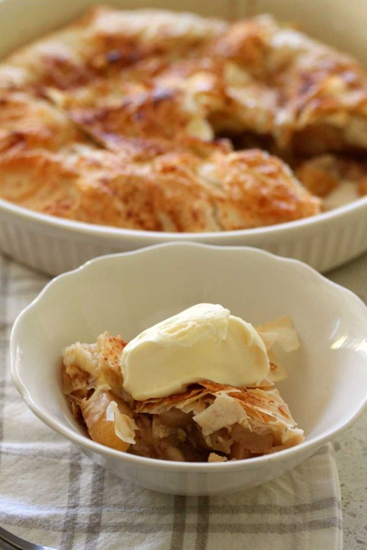 Apple & Pear Pie - Cooking with Tenina