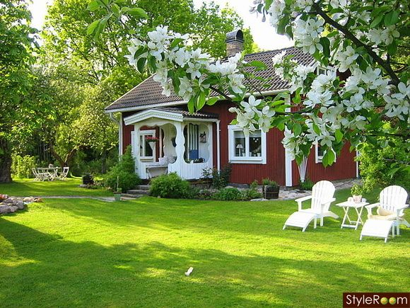 sommarhus,husfasad,trädgård