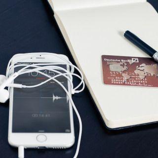 5 Consejos para cuidar nuestros datos digitales al viajar - Escape Digital http://miescapedigital.com/5-consejos-para-cuidar-nuestros-datos-digitales-al-viajar/