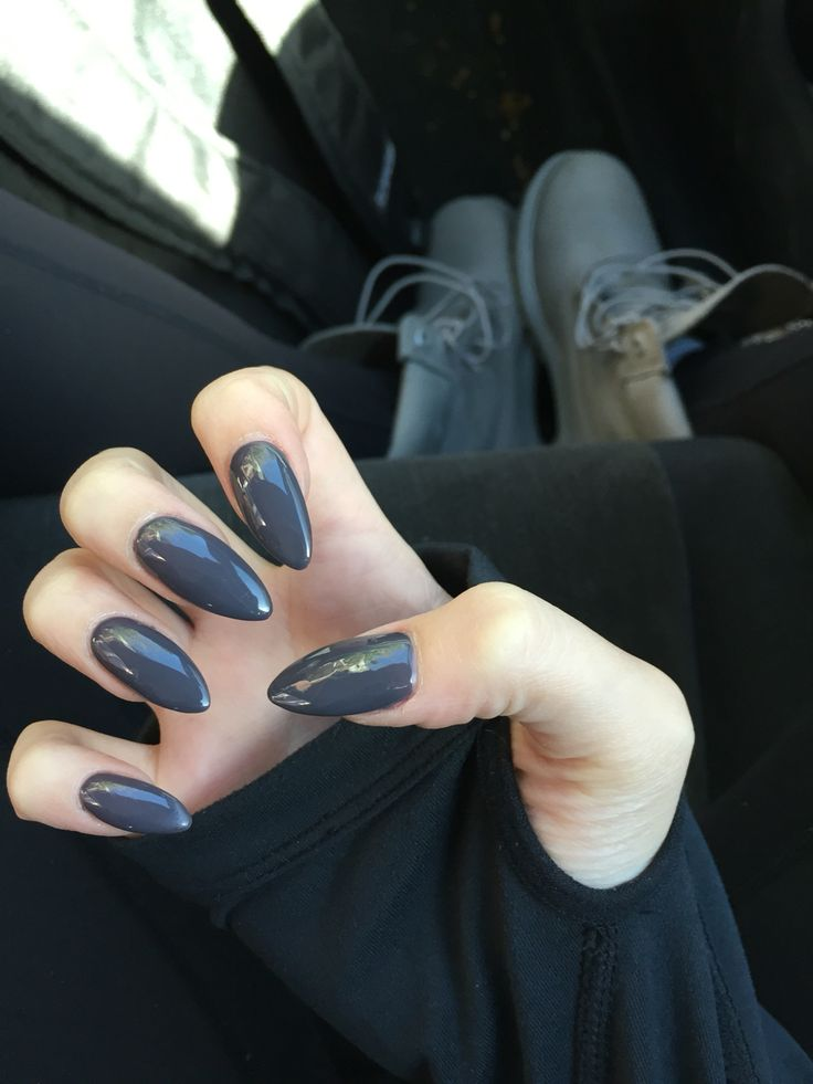 grey stilleto nails