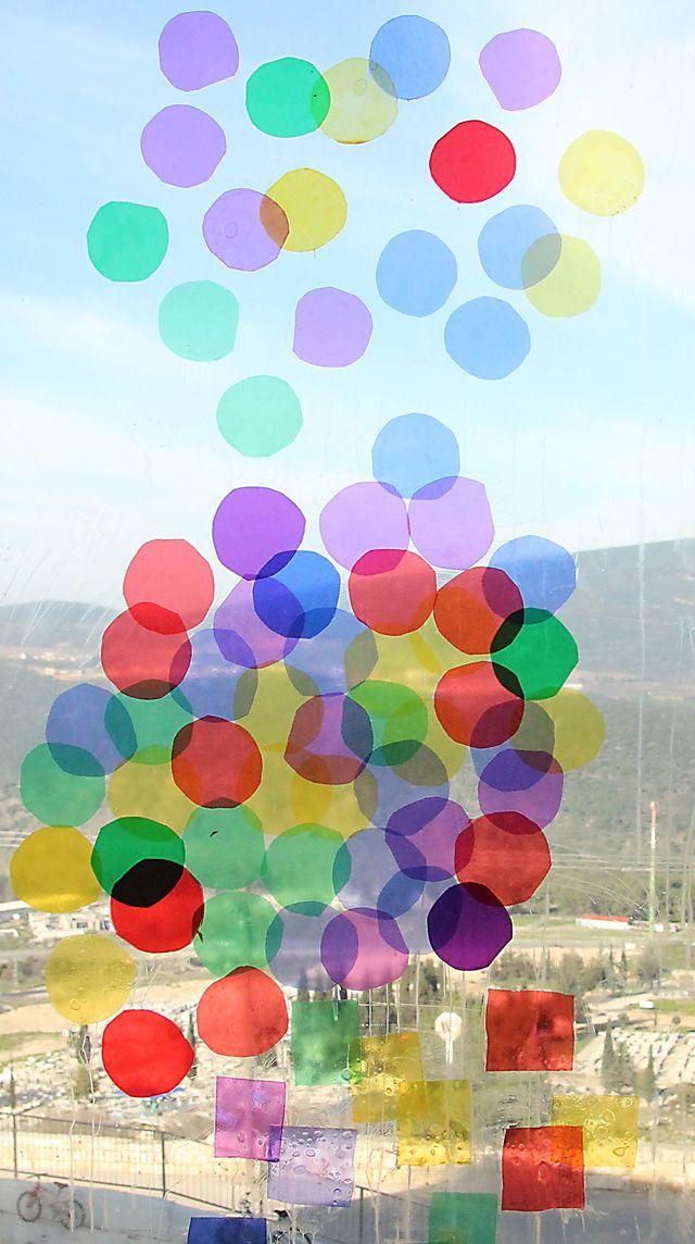 DIY: Make celophane window art circles