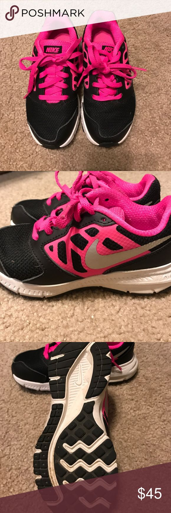 Nike girls tennis shoes Worn once, basically brand new! Shoes Sneakers