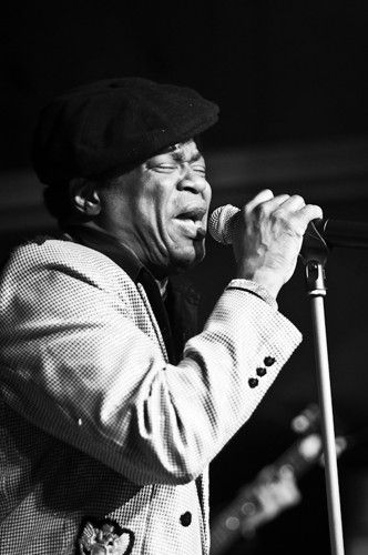 "Charles Bradley Nom civil : Charles Bradley Profil: Born 1948, Gainesville, Florida. American funk/soul/R&B singer, sometimes called ""The Screaming Eagle of Soul""."