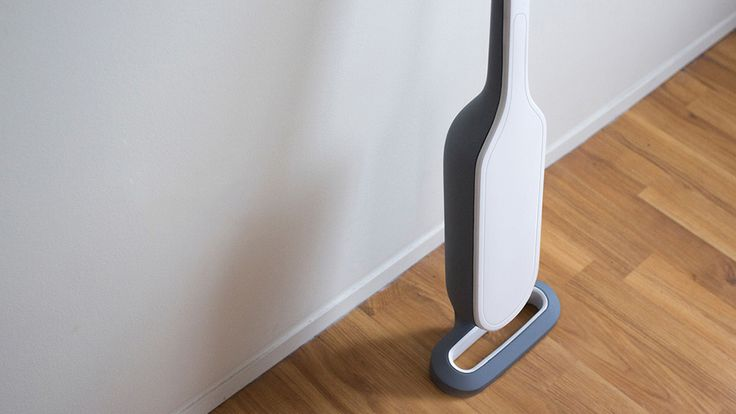 The Electrolux Verse is so much of a vacuum cleaner that it's two vacuum cleaners! Designer Scott Pancioli gave vacuum cleaners a makeover with