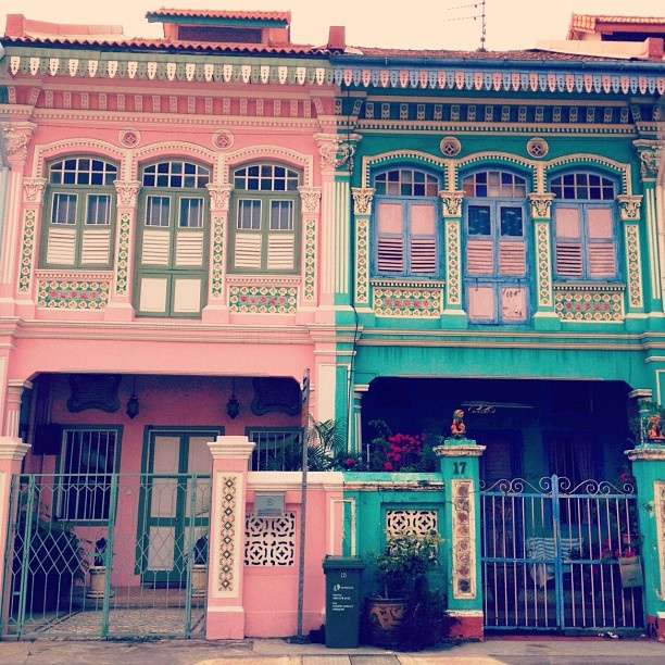 Peranakan houses in Singapore by Polkaros (Ros Lee)