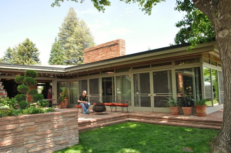 Best 25 fountains for sale ideas only on pinterest for Usonian house plans for sale