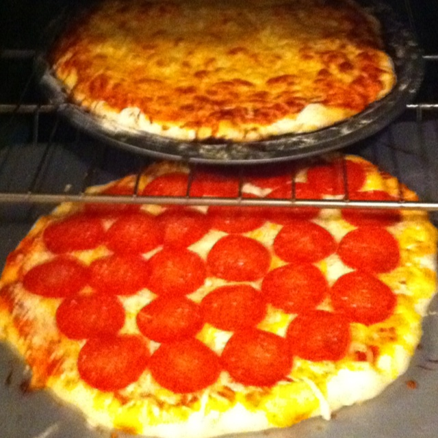 Homemade Pizza! Saturday night fun with the kids! | Foods | Pinterest ...