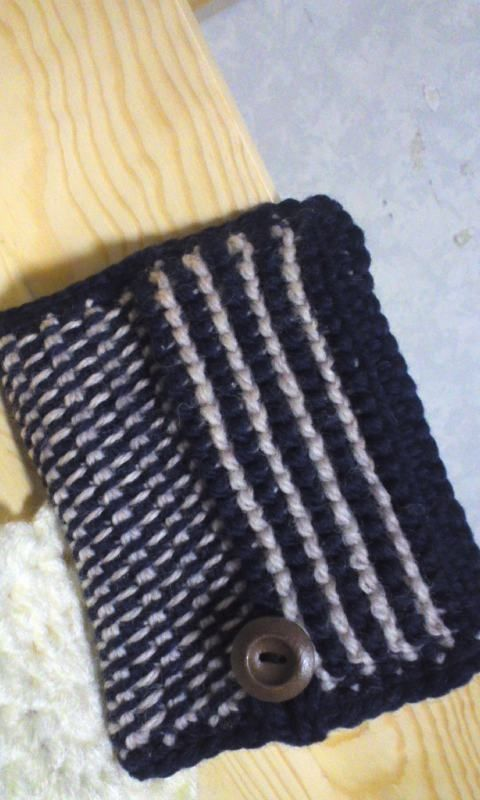 アフガン編みのカイロ入れの作り方                                                                                                                                                      もっと見る