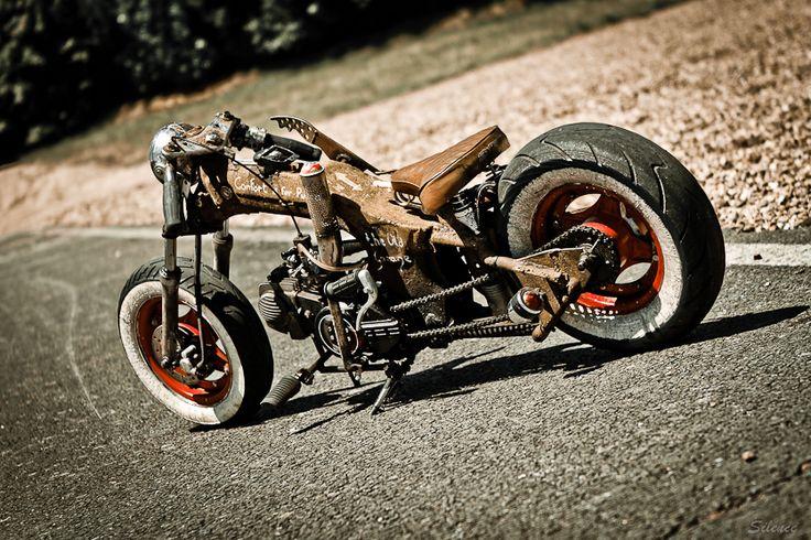 Honda dax custom lowrider chopper ratlook