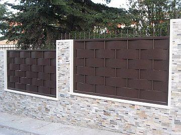 Valla metalica jardin buscar con google jard n - Puertas metalicas jardin ...
