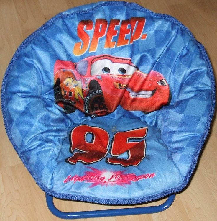 DISNEY Cars Lightning McQueen Moon Chair   Great For Kids Bedroom OR Cubby