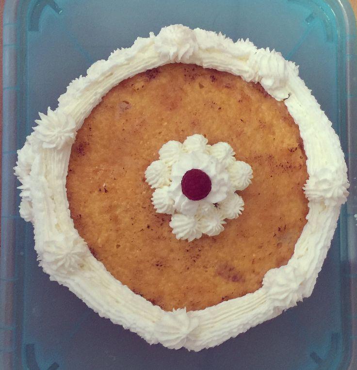 La Tarta San Marcos, es una de las tartas tradicionales más consumidas en España, postre típico de muchos restaurantes y celebraciones