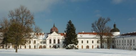 Royal Palace of Gödöllő #hungary #winter #palace