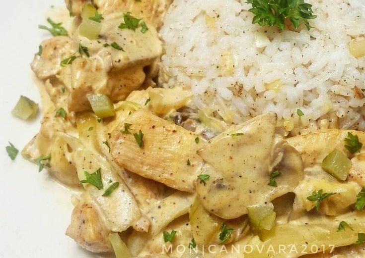 Resep Chicken Stroganoff With Garlic Butter Rice Oleh Monica Novara Hardini Resep Memasak Beef Stroganoff Resep