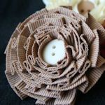 15 ways to make ribbon flowers.