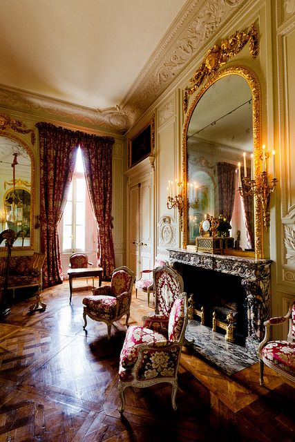 Versailles, Petit Trianon -▇  #Home #Elegant #Design #Decor  via - Christina Khandan  on IrvineHomeBlog - Irvine, California ༺ ℭƘ ༻