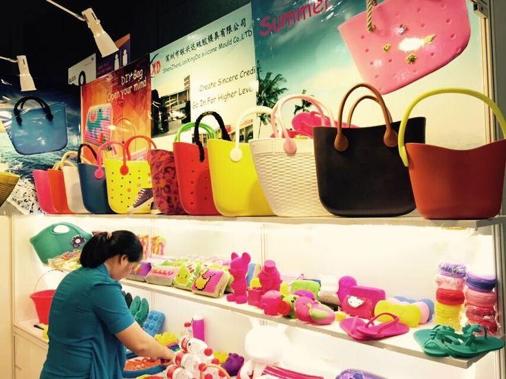 Choose your favorite bag http://www.chinasiliconebag.com/product/eva-mini-o-bag.html