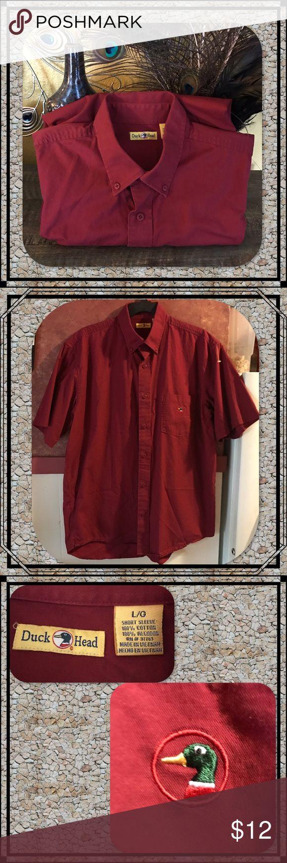 Duck Head Men's Short Sleeve Dress Shirt 100% Cotton Duck Head Men's Short Sleeve button collar shirt. EUC! Looks brand new! Size Large Duck Head Shirts Dress Shirts