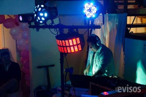 Fiesta de 15 años full  Servicio de  Sonido-iluminacion dj animador ,fotograf ..  http://iquique-city.evisos.cl/fiesta-de-15-anos-full-id-603823