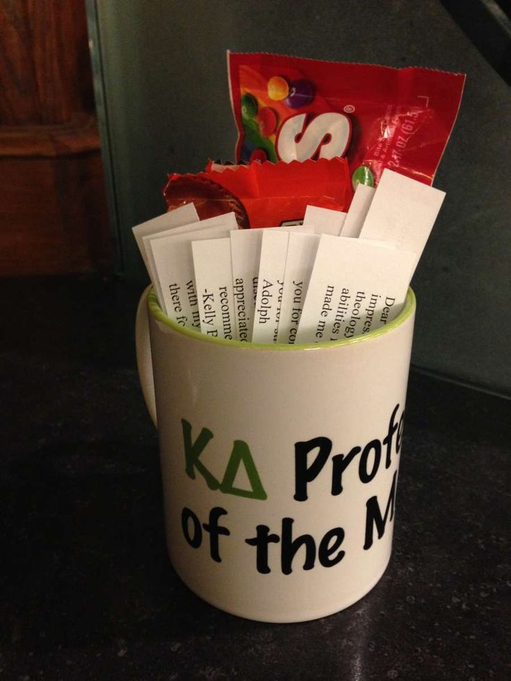 Boost PR on campus by selecting and recognizing a KD Professor of the Month each month. Ask the chapter for nominations, vote and then have sisters who know the professor to write thank you notes. Personally deliver the notes, candy and any other small token of appreciation to the professor.
