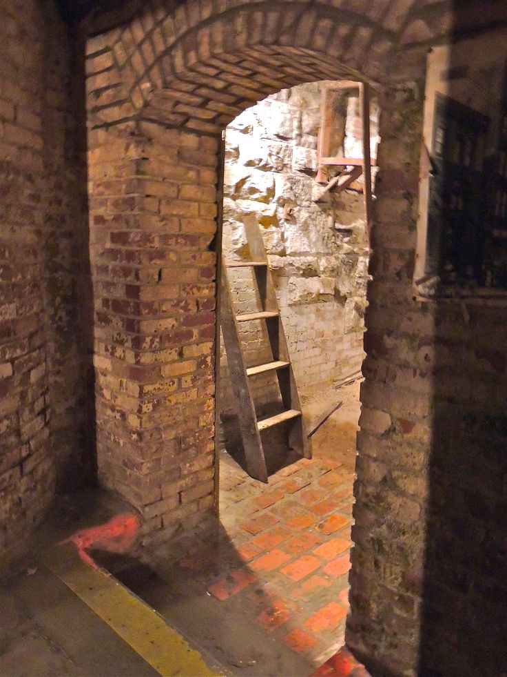 Underground; Seattle Washington. This place was so cool and creepy.  Would love to go here again sometime.