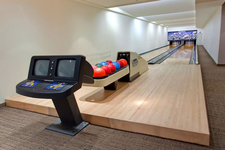 9 Smithe Mews Amenities - Bowling Alley