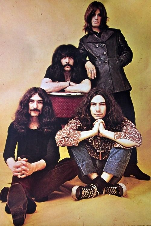 They look awesome here! What is it with them and yellow? They always look good with it. Or am I cracking up? (Don't answer that lol). --Pia (Black Sabbath)