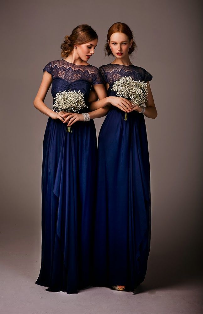 Elegant navy and lace brides maid dress #BeverlyHills #wedding